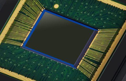 Samsung Introduces 64 Megapixel Image Sensor for Smartphones