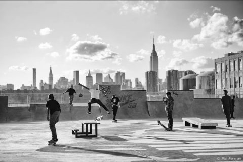 Street: Photographs by Phil Penman