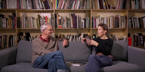 Sofa Sessions: Conversations with Martin Parr – Vinca Petersen