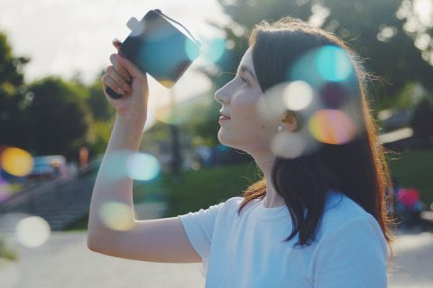 The Fragment 8 is a Super-8's Look and Feel Camera with a Modern Technology Developed for Social Media