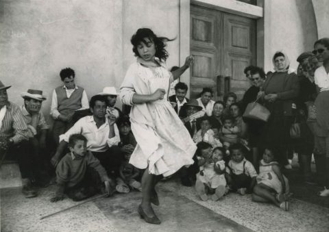 Sabine Weiss: A life as a Photographer